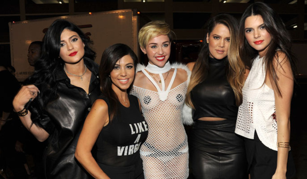 miley-cyrus-with-the-kardashians-102464_w1000